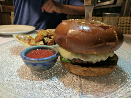 המבורגר הבית של אוקטגון