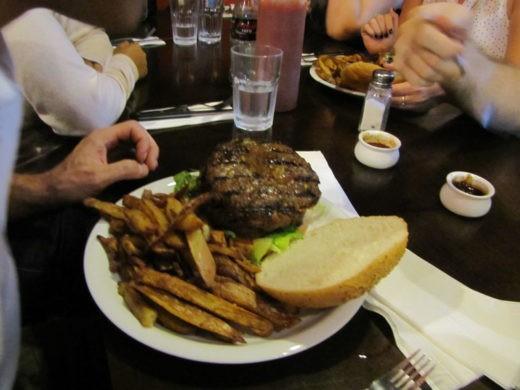 ההמבורגר של יומנגס