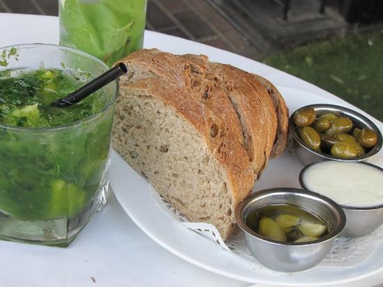 סרגוס - לחם הבית