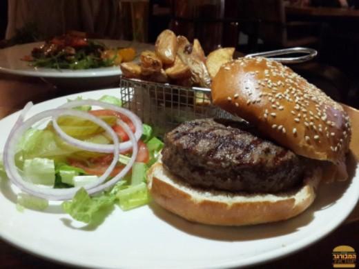 ההמבורגר של מסעדת לופט ראשון לציון