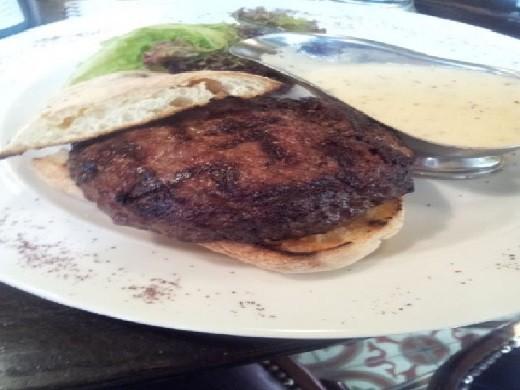 הטרקלין - המבורגר שף