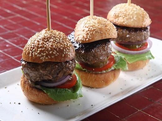 """ההמבורגרים של נלסון 33, מקור: יח""""צ"""