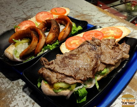 איוו מיטבורגר - נקניקיה וכריך טליאטה