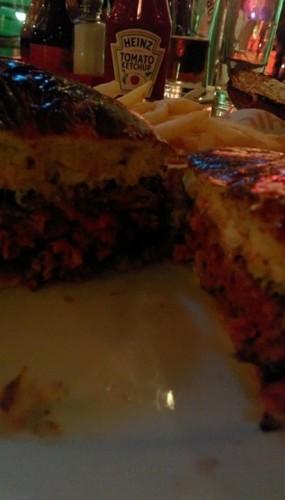 מבט מבפנים - המבורגר קובה ביף במפגש אגאדיר אמבסי