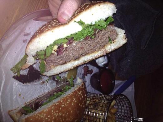 ההמבורגר של איצ'ו בר