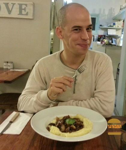 אור בלאן נהנה במסעדת ויסלה