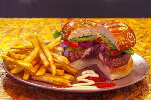 המיני המבורגר של בר גיורא