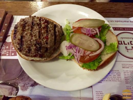 המבורגר אנטריקוט מבשר משובח במיוחד - מרינדו עין גב