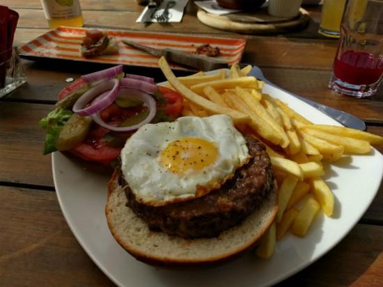 הזיגבורגר של זיגל - תענוג!