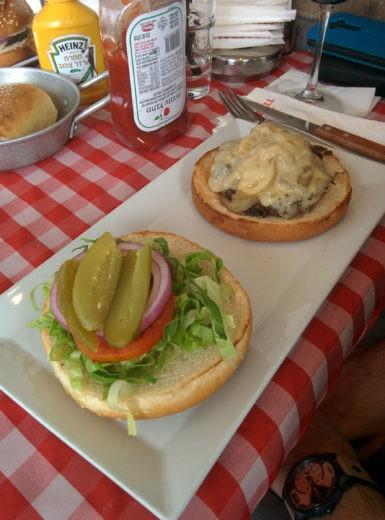 צ'יזבורגר של מיטבול