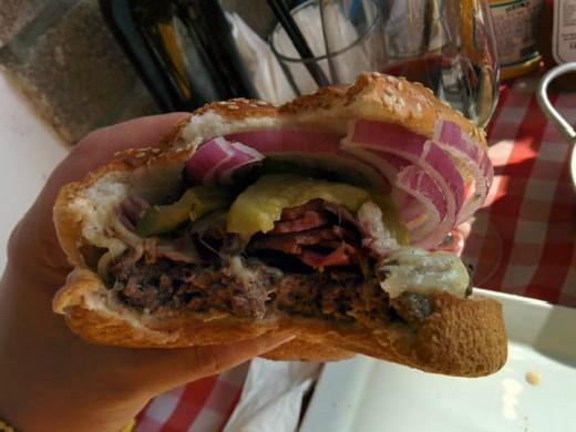 ההמבורגר של מיטבול ראשון לציון