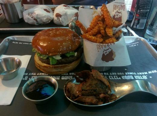המבורגר קלאסי עם חזה אווז מעושן - ברברי קריית אתא