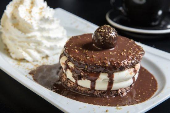 קאסטה שוקולד לבן של לה ביסטרו בר