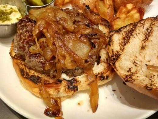 ההמבורגר של דומיניק קיטשן בר