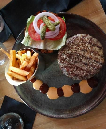 המבורגר שף בתל אביב - קלאש במלון NYX