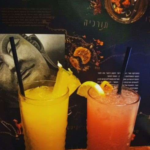משקאות מרעננים של בומביקס מורי