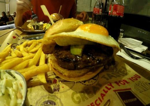 BBB ברלין - המבורגר ישראלי בלב גרמניה