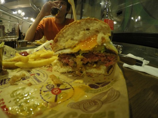 המבורגר לטינו של BBB ברלין