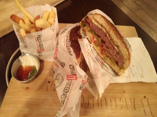 הטוסטבורגר של המבורגסה אשדוד
