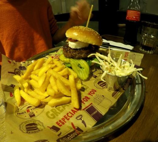 המבורגר saint של BBB ברלין