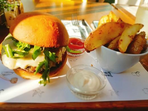 ההמבורגר של ברד סטורי