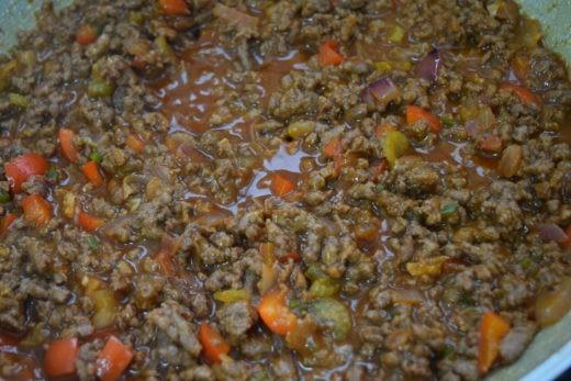 מתכון סלופי ג'ו - בישול הבשר