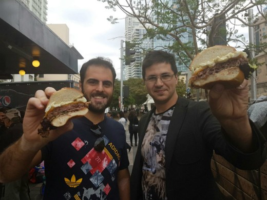 ארקדי ואב יפוגשים את ההמבורגר של סוסו אנד סאנס