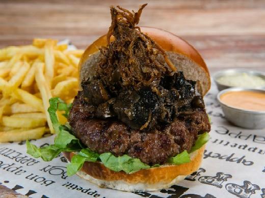 המבורגר היער העמוק של צ'אביז