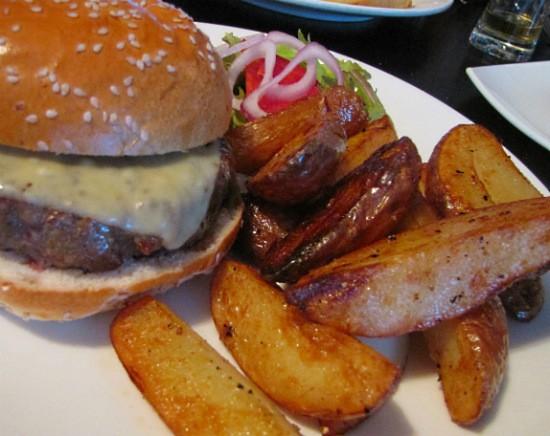 צ'יזבורגר מאכזב - לופט ראשון לציון