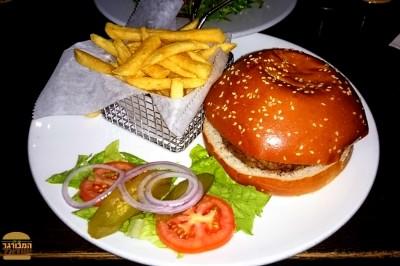 """הצ'יזבורגר של לופט ראשל""""צ"""