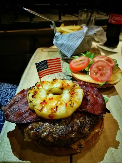 האמריקאי של סאנסט