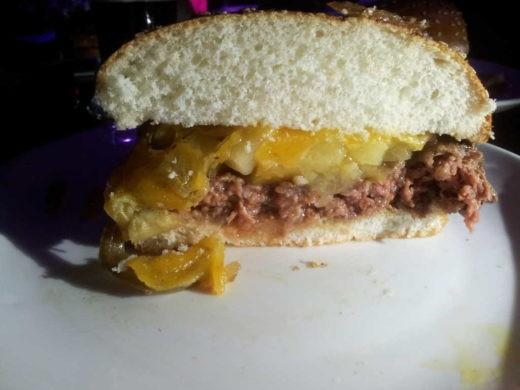 המבורגר צ'ה גווארה של מורדן בר