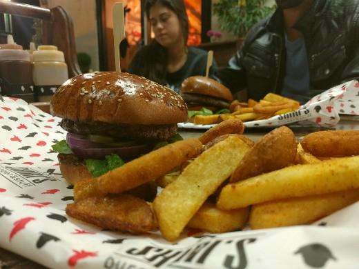 ההמבורגר של Shiri's