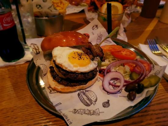 BP בורגר פלוס - ההמבורגר של דן השף