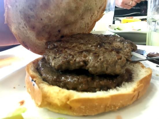 ההמבורגר של אווזי חיפה