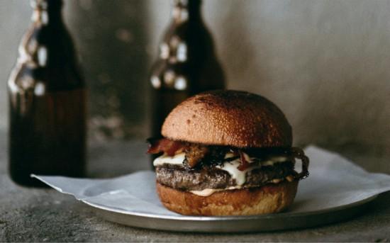 תענוג צרפתי ייחודי - המבורגר גורמה 26