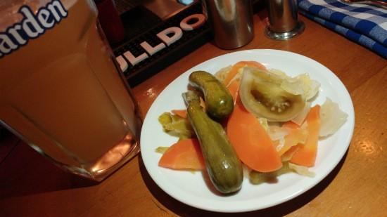 חמוצים של מסעדת סמואל