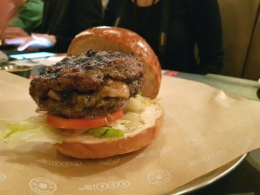 המבורגר האוס של BBB הארבעה