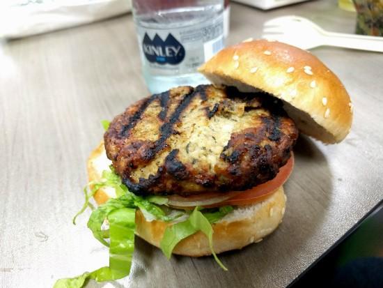 המבורגר עוף של בורגרים קרליבך
