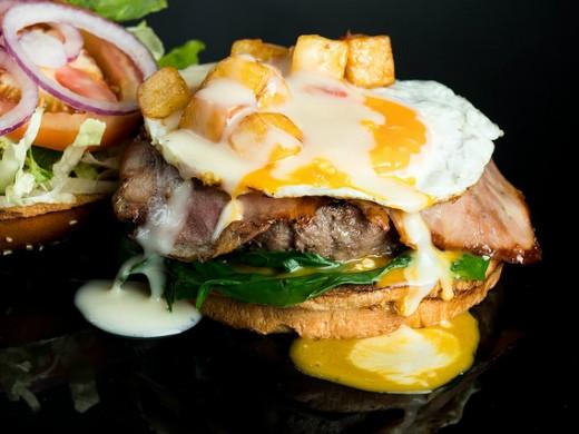 המבורגר נוזלי של בולס בורגר, מקור: יח
