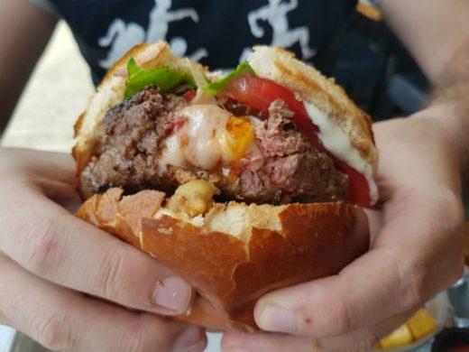 שמבז - המבורגר במכבים רעות
