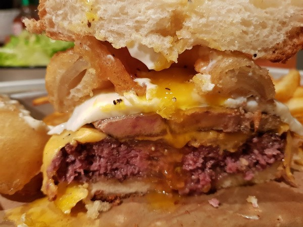 Porn Burger של אמריקה - OMG!