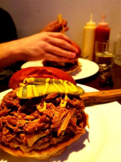 ההמבורגר המפנק של פרוזדור