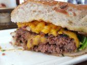 המבורגר רובן של ברביס - מבט מקרוב