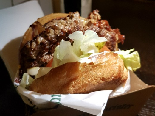 ההמבורגר המפורסם של burgermeister