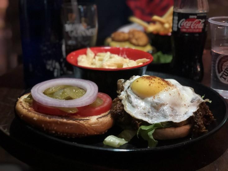 המבורגר הכורסה של הספסל