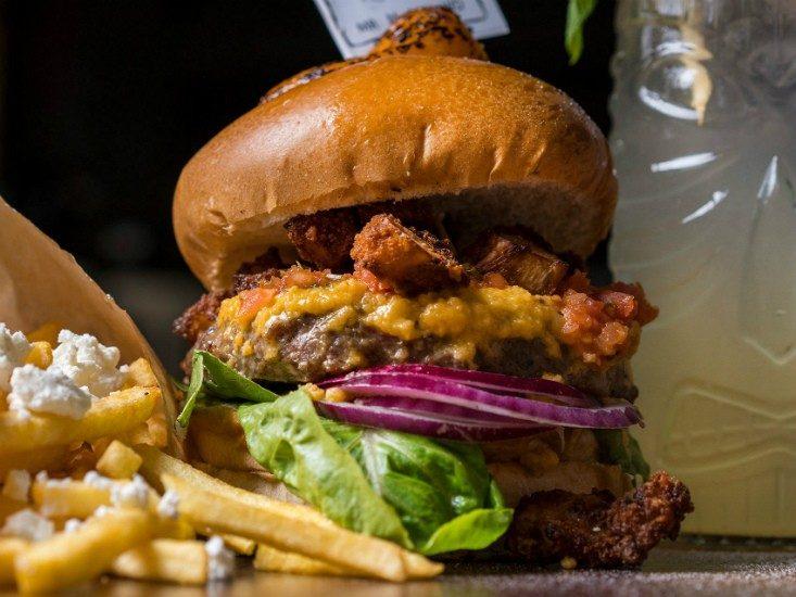 הגראז', הכי מושחת בהמבורגר, מקור: יח
