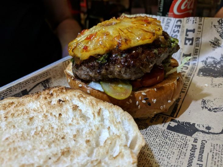 המבורגר הונולולו של לה קרנה