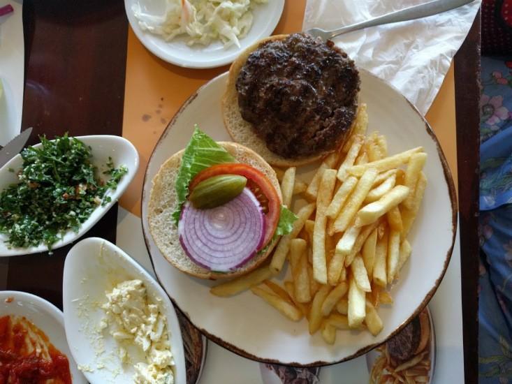 ההמבורגר של בילו גריל
