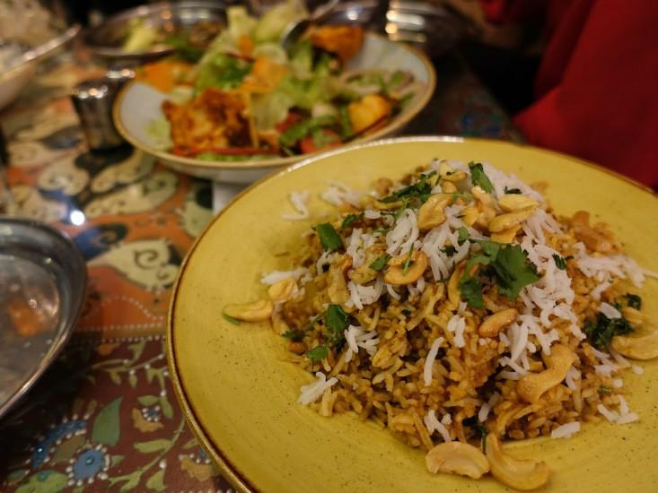 מה פאו החשמונאים, אורז עם מלא הפתעות